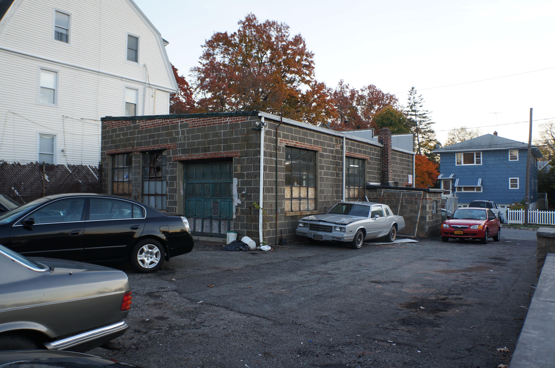 Sussel Garages